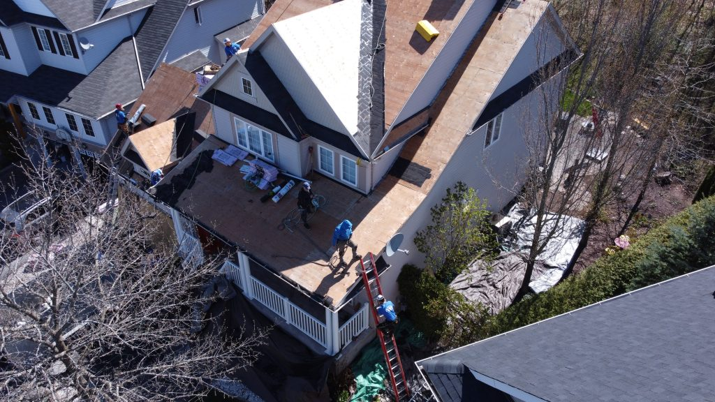 5 Reasons to Choose a Local Roofer